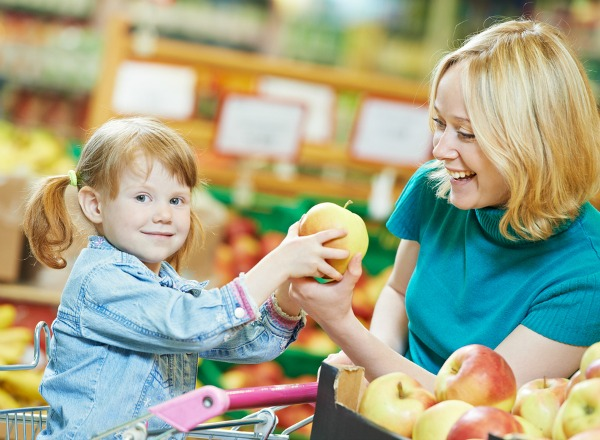 grocery-shopping-with-kids-1